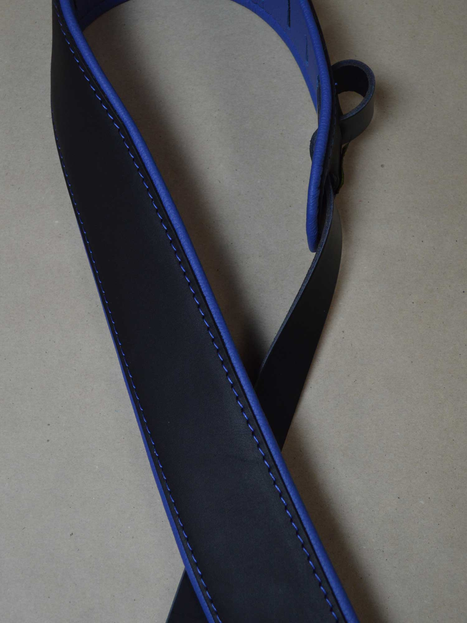 2.5″ Padded Upholstery Leather Guitar Strap Black & Blue